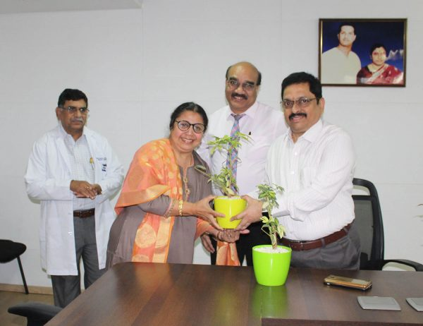 Basavatarakam Cancer Hospital 'Sankalp'; the Andhra Bank Family Club Donation