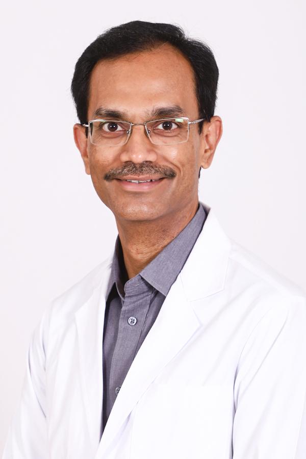 Best Medical Oncology doctor in hyderabad Dr Senthil J Rajappa Basavatarakam Indo AMerican Cancer Hospital - Medical Oncology
